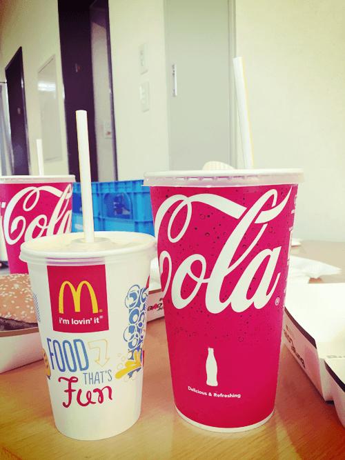コーラとグランドコーク